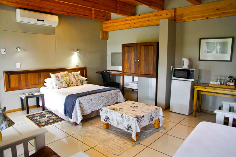 iKaia River Lodge | Keimoes | Northern Cape | Accommodation | Camping | Wedding Venue | Restaurant | A La Carte Menu | Riverside | Kgalagadi Transfrontier Park | Augrabies Falls National Park | Riemvasmaak | Namaqualand | Upington | Namibia | Kenhardt | Johannesburg | Bloemfontein | ceremonies | events | functions | receptions | bridal suite | sunset views